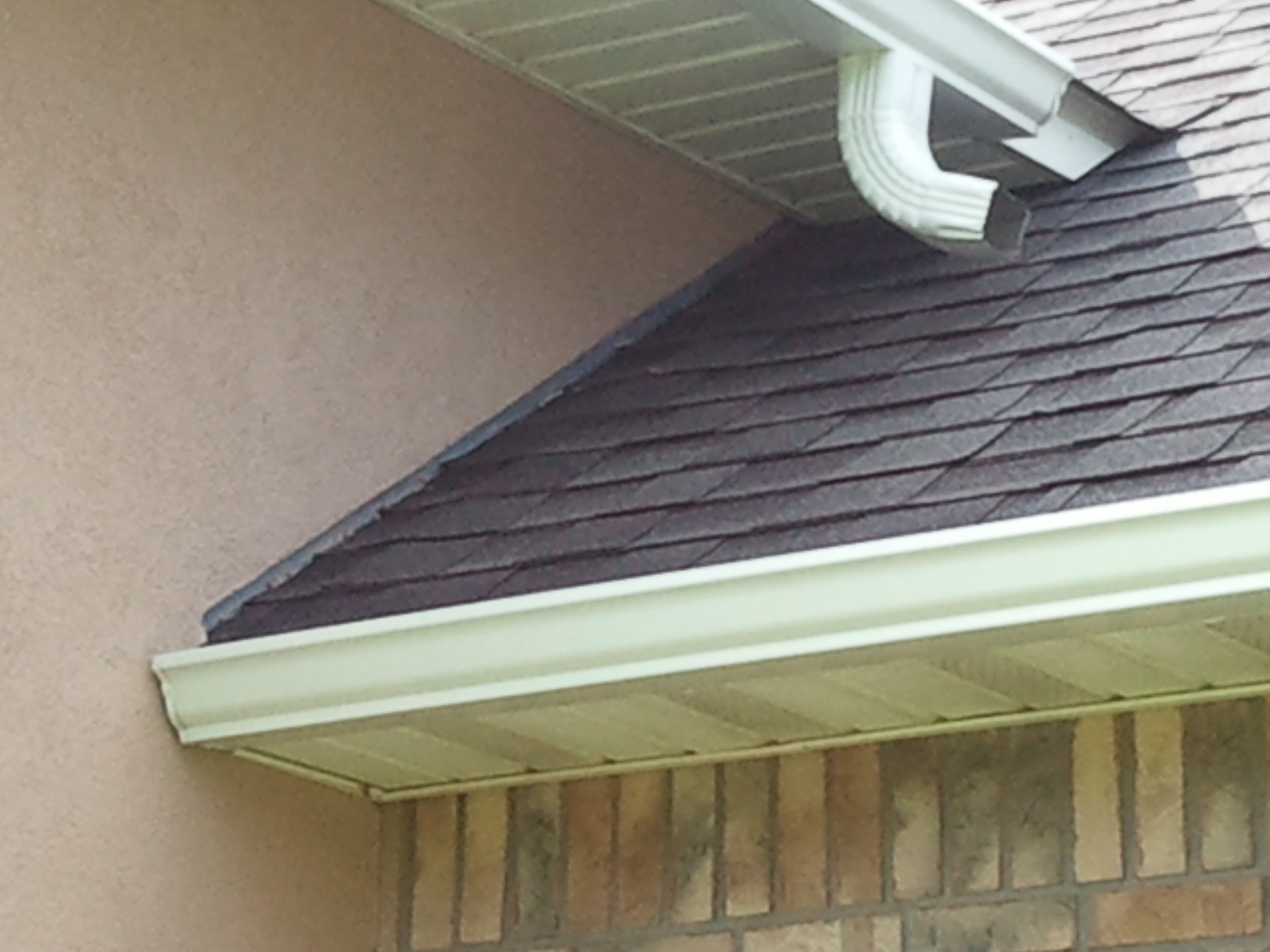Seamless Gutters Rainbow Building Structures